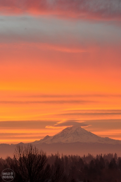 mtrainier-sunrise-2